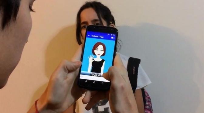 Nació sorda y creó una app de lengua de señas para mejorar la comunicación entre oyentes e hipoacúsicos